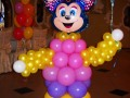 Мікі Маус з повітряних кульок