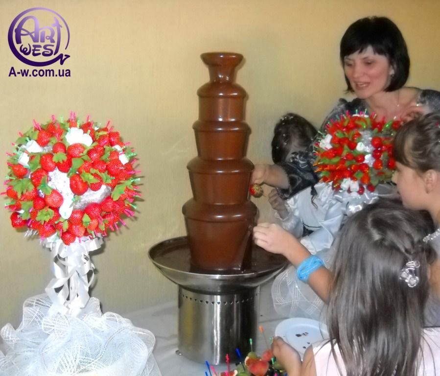 шоколадний фонтан на весілля ціна